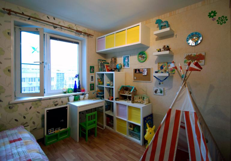 стилаж в детской комнате
