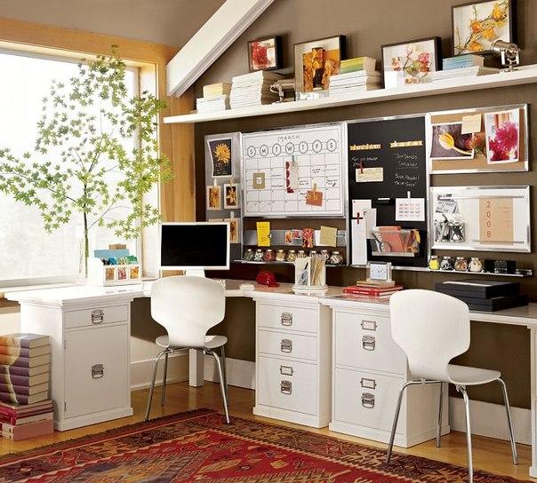письменный стол двойняшкам