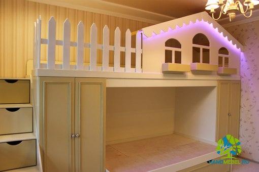 кровать-домик с подсветкой