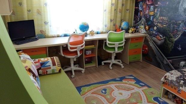 письменный стол для двоих детей школьников 30 фото реальные