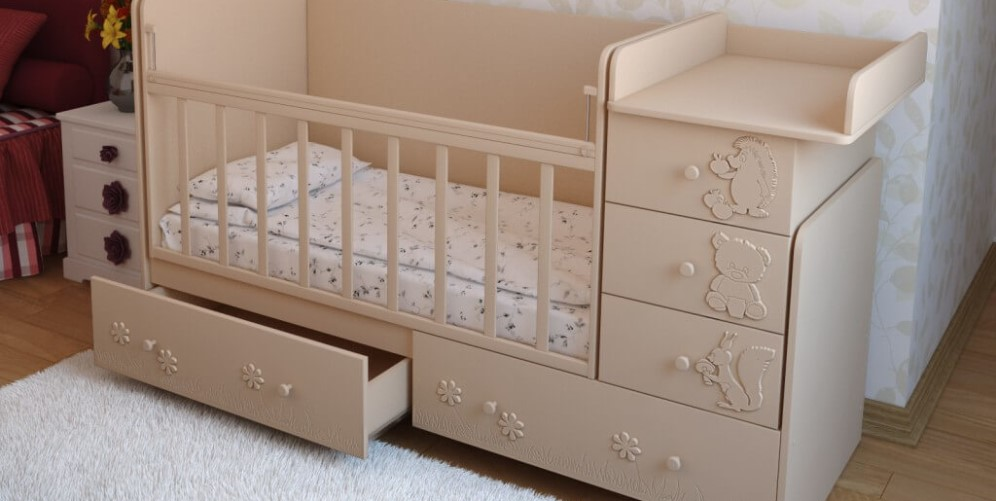 кроватка с ящиками
